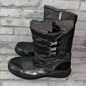 Totes Women's Gray Boot w/buckle detail
